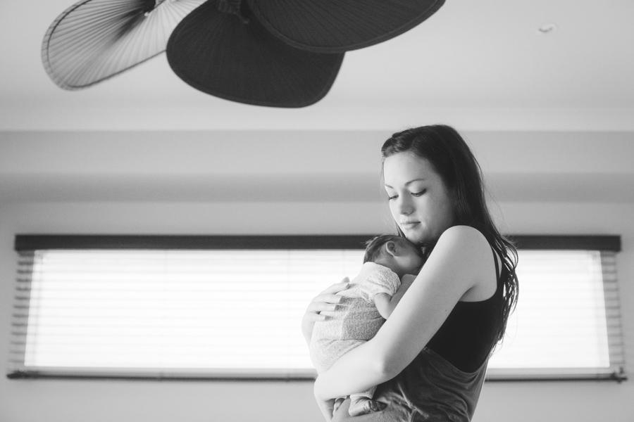melbourne photographers090 Newborn Little