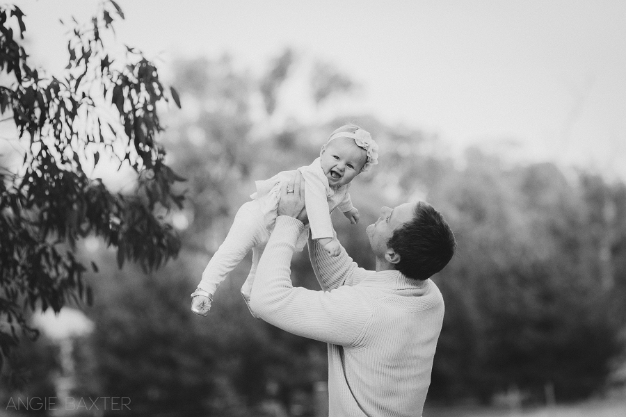 collins 090 mono Ashley, Chris and Charlotte | Melbourne Baby Photography